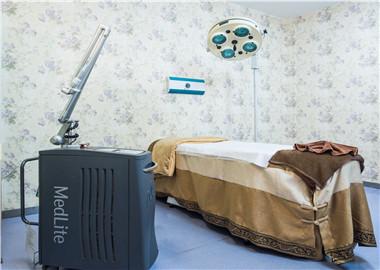 QS皮肤管理中心治疗室环境及仪器